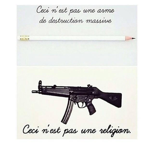 Questa non è un'arma di distruzione di massa (foto in alto, matita). Questa non è una religione (foto in basso, arma militare).