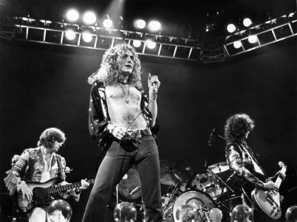 http://assets.rollingstone.com/assets/2013/gallery/readers-poll-the-ten-greatest-led-zeppelin-albums-20131218/27923/_original/1035x773-led-1800-1387308467.jpg